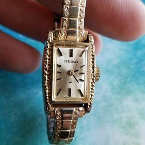 Seiko mechanical wristwatch ladies gold tone watch